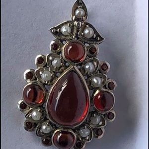 Natural garnet and pearl pendant in sterling